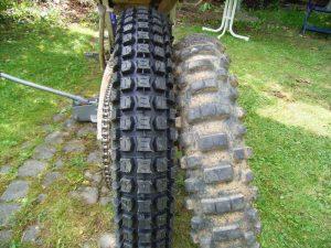 Pirelli MT43