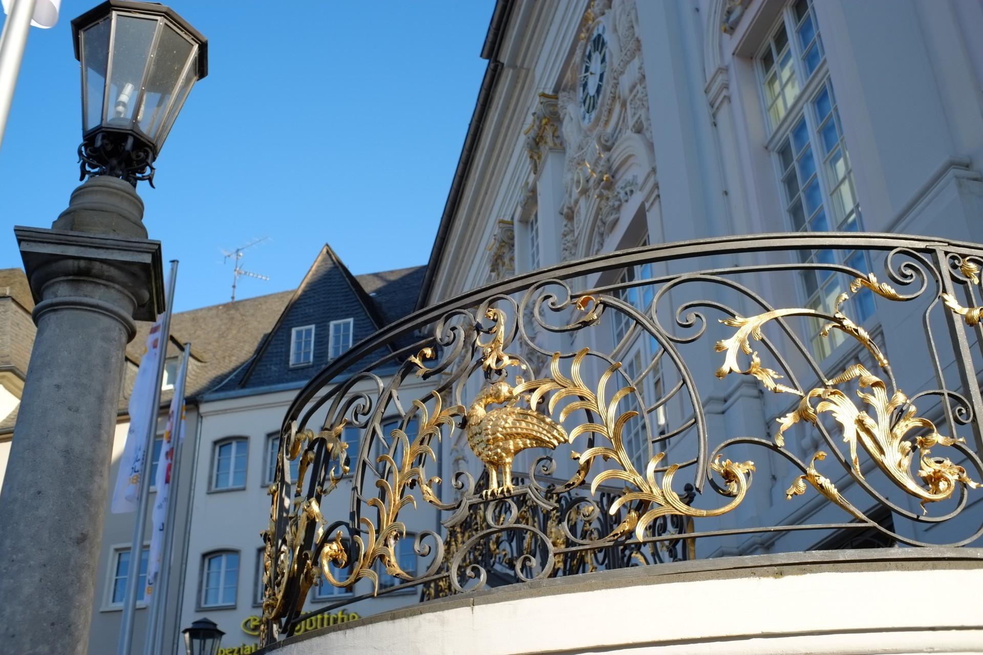 Rathaus 1/420sec ISO-200 135mm