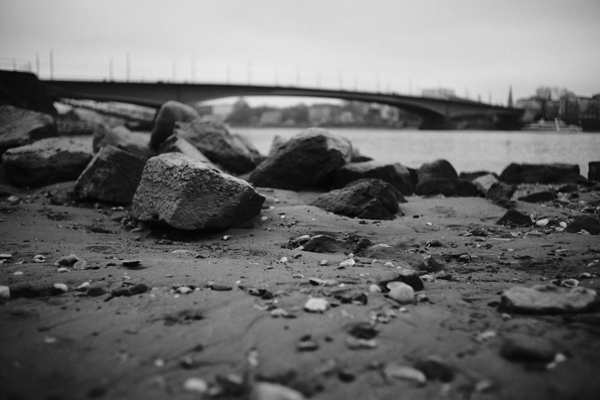 Kennedybrücke 1/17000sec ISO-3200 22mm