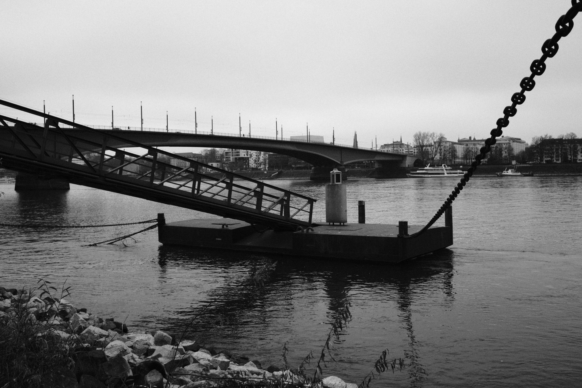 Kennedybrücke 1/4000sec ISO-4000 22mm